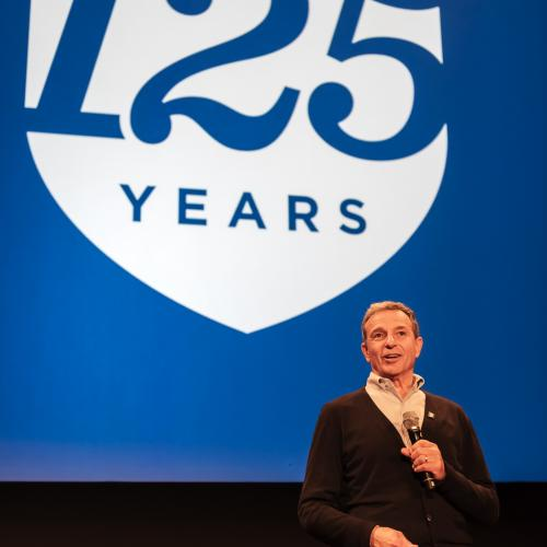 Bob Iger '73 welcomes guests to the IC125 Los Angeles Celebration